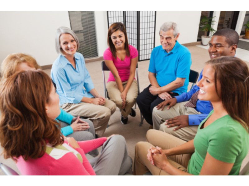 4 Tips for Finding and Choosing the Right Caregiver Support Group for You